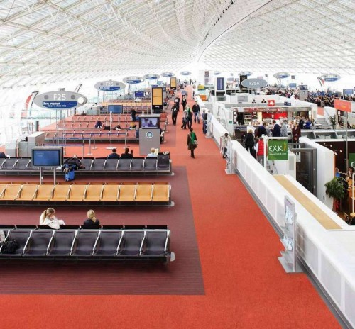 up-strands-carpet-tiles-charles-de-gaulle-airport-11.jpg